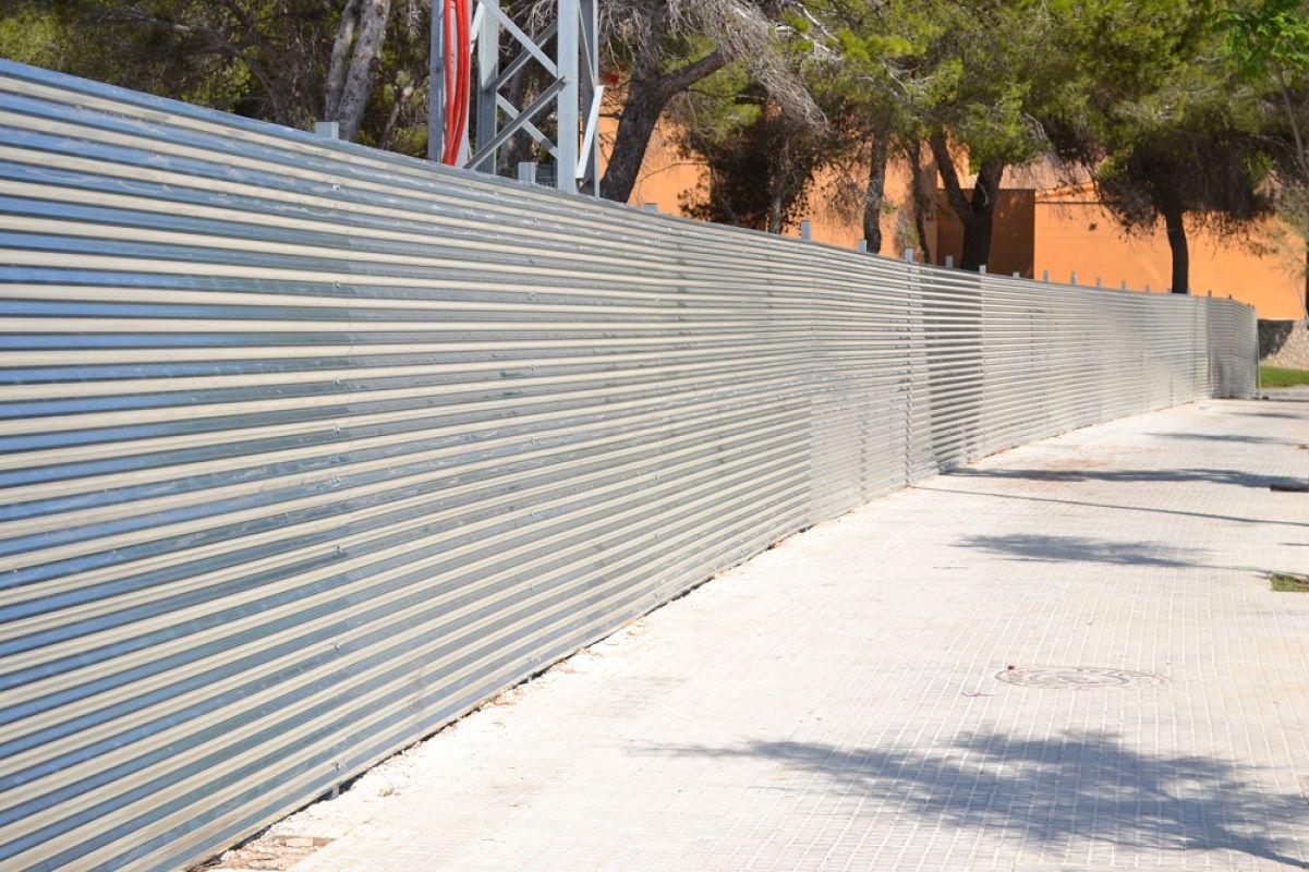 Cercovallas cerramientos met licos - Puertas de chapa galvanizada ...